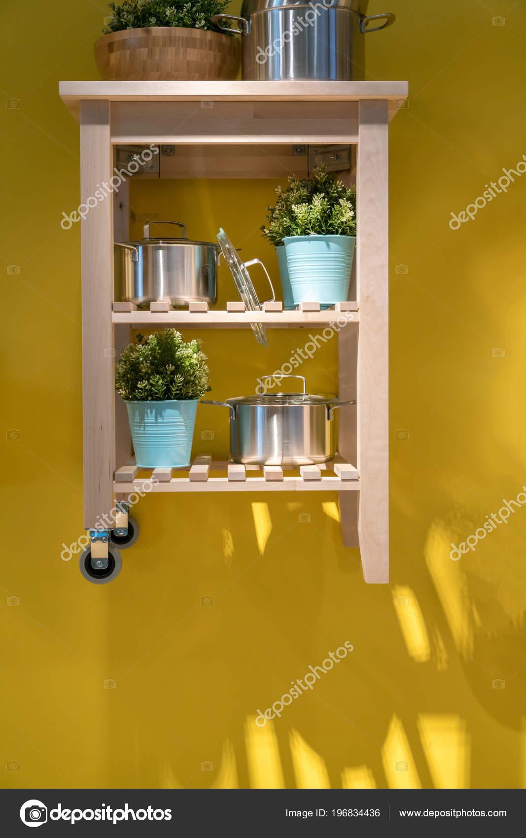 kitchen carts cheap hotels with kitchens 木岛厨房推车为家庭设计和装饰反对黄色墙壁 图库照片 c v74 196834436