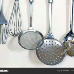 Kitchen Tool Holder Curtains For Sale 带搅拌器叉子和各种漏勺的金属厨房用具架 图库照片 C Jaboticabafotos