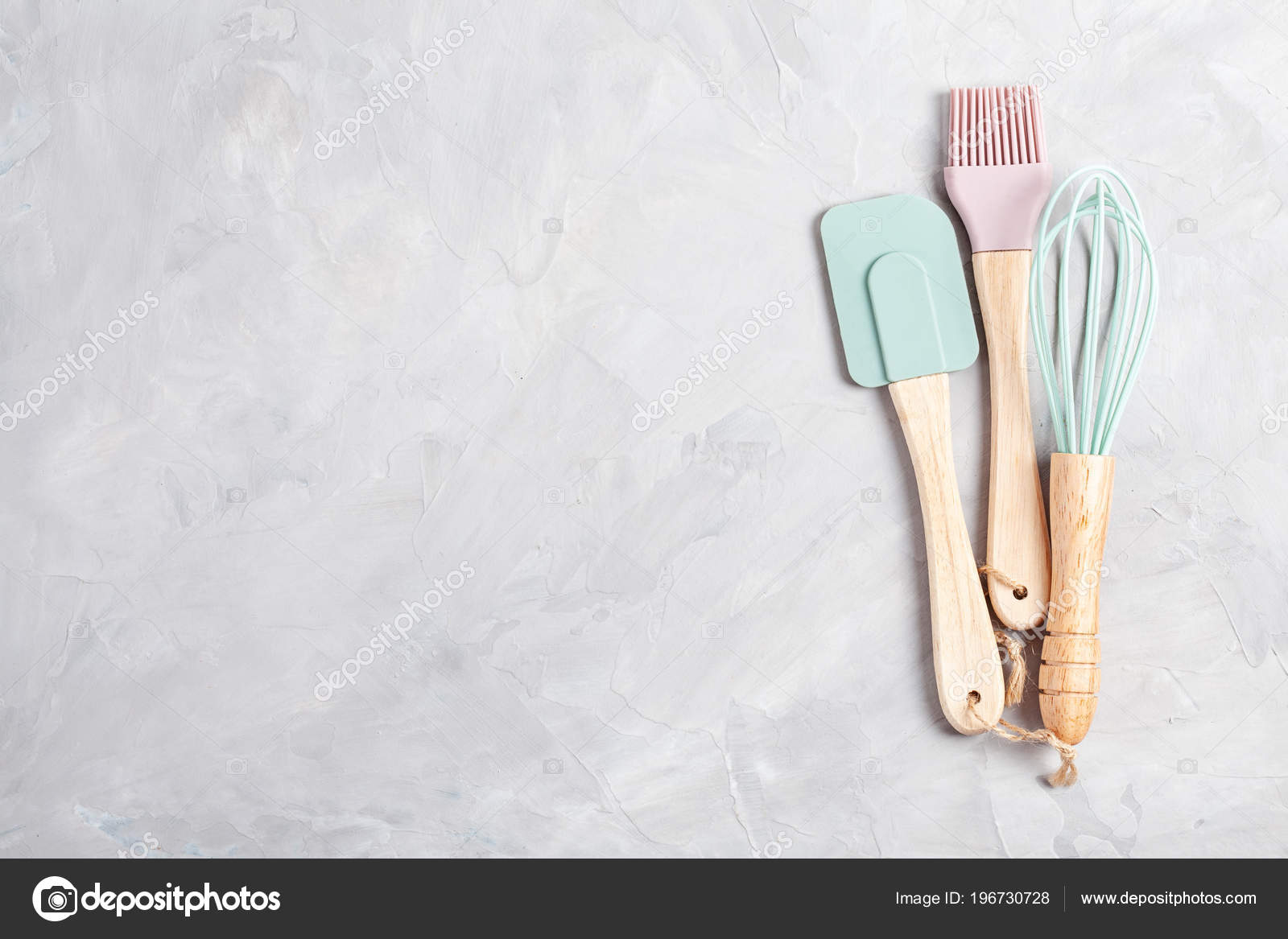 colored kitchen appliances tables for small kitchens 粉彩彩色厨房用具的顶级视图烹饪博客班级理念 图库照片 c netrun78 196730728