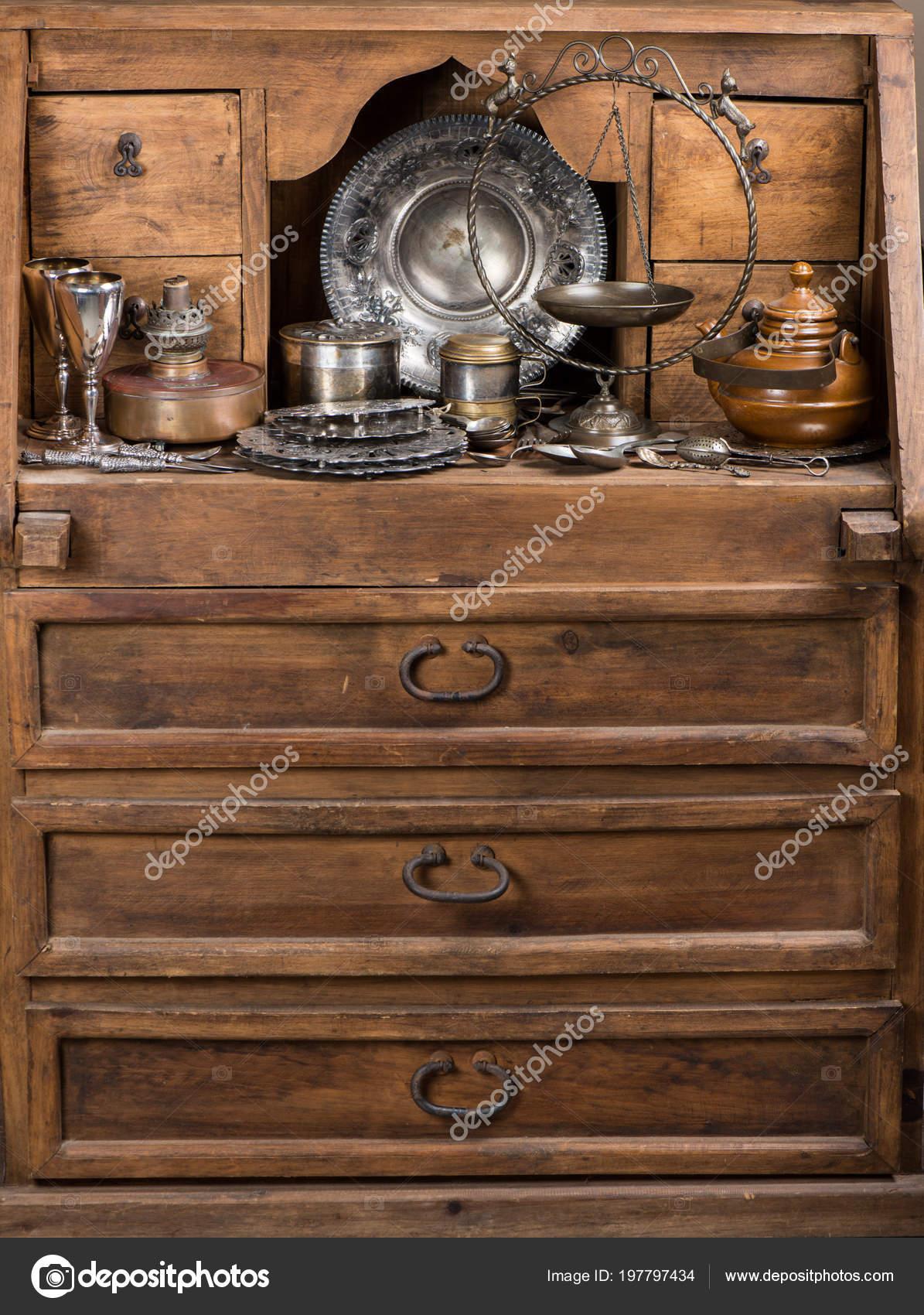 kitchen sideboards cost of renovation 老式的厨房用具在一个质朴的木餐具柜 图库照片 c denira 197797434