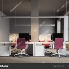 Pink Kitchen Rug Faucet Kohler 开放式办公室内部有灰墙地板上有地毯白色电脑桌上有粉红色的椅子和柱子 开放式办公室内部有灰墙 地板上有地毯 白色电脑桌上有粉红色的椅子和柱子 3d 渲染模拟 照片作者denisismagilov