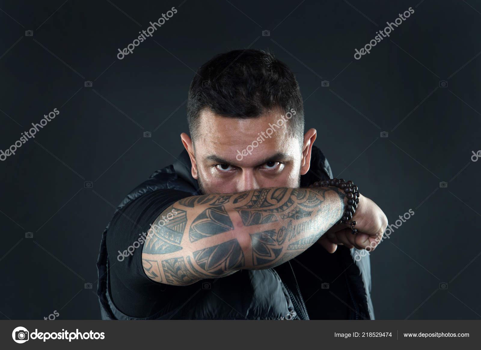 Tatuajes Ocultar Falta De Masculinidad Hombre Brutal Chico Tapa La