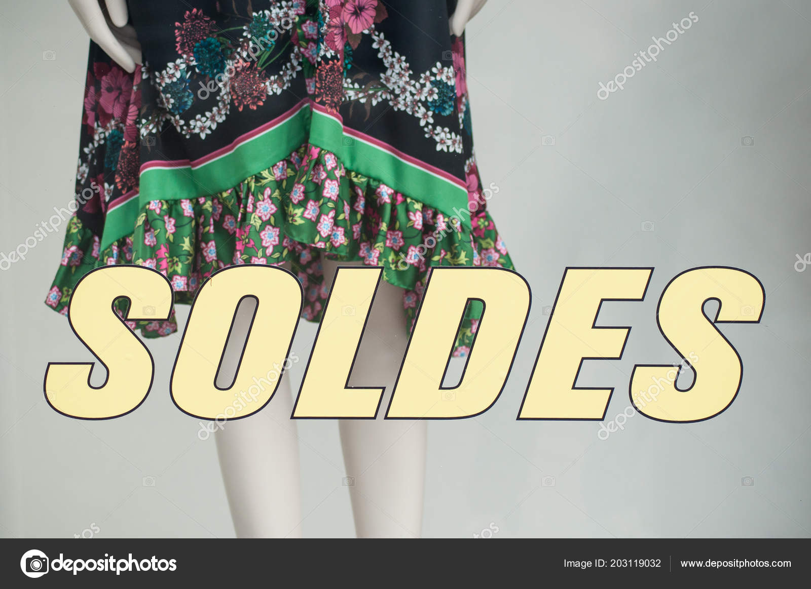 https depositphotos com 203119032 stock photo discount sign soldes french traduction html