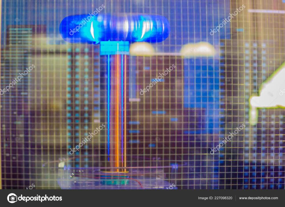 medium resolution of tesla coil lightning shows electrical resonant transformer circuit used produce stock photo