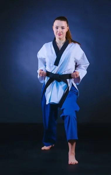 ნახეთ ეს Karate Sabuk Hitam ფილმების ბაზა