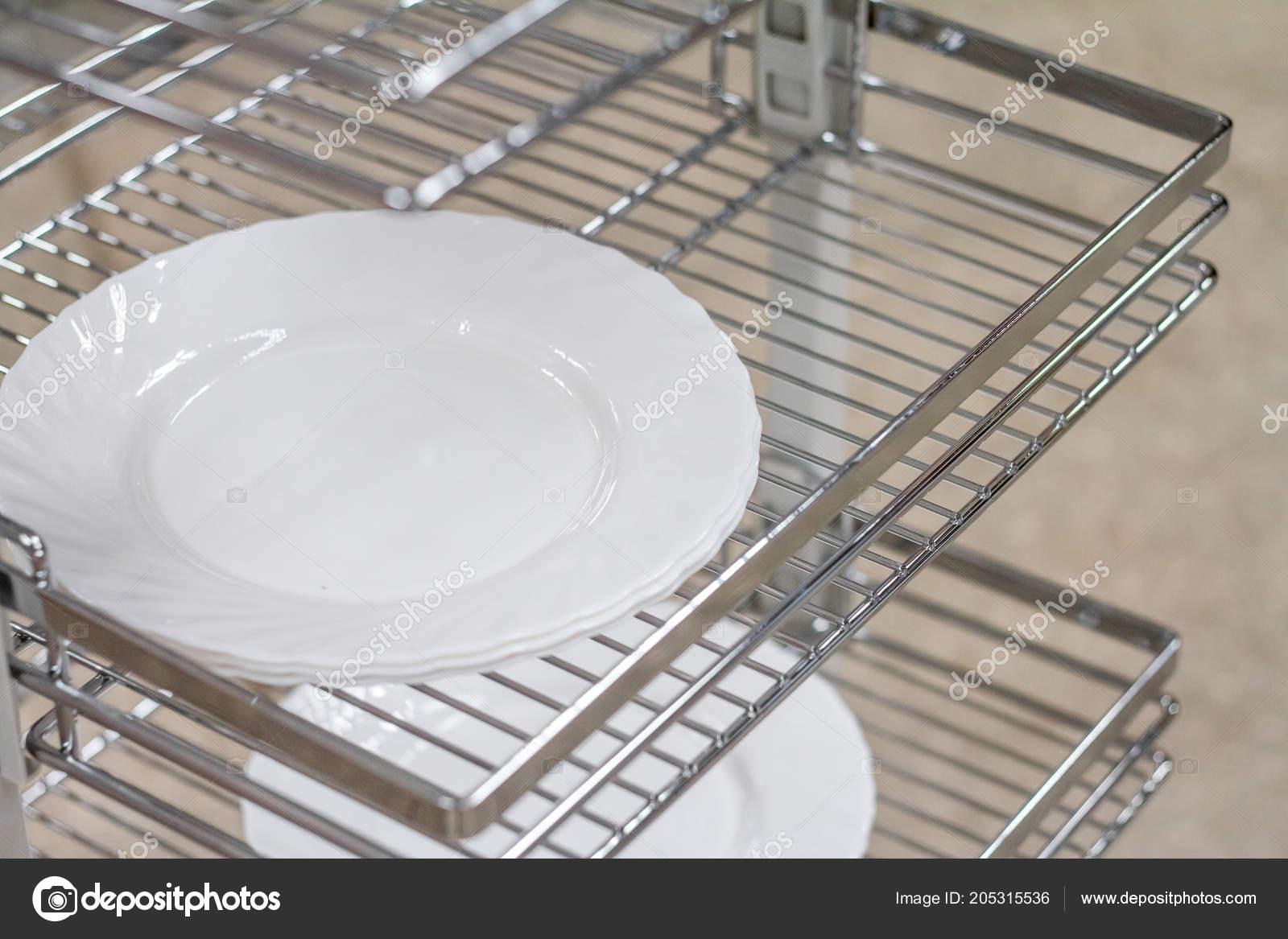 kitchen organizer clean the games 厨房用具的组织者 家具配件 内置设备 图库照片 c ramann 205315536