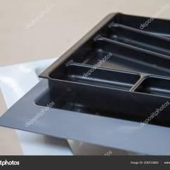 Kitchen Organizer Renew Cabinets 厨房用具的组织者 家具配件 内置设备 图库照片 C Ramann 205315802