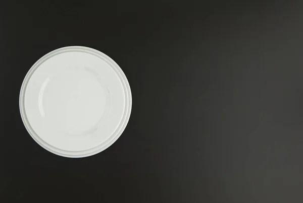 ceramic kitchen top 36 inch cabinet 一套厨房白色陶瓷餐具黑色背景顶部视图 图库照片 c warloka 202606238 陶瓷厨房板黑色背景顶部视图