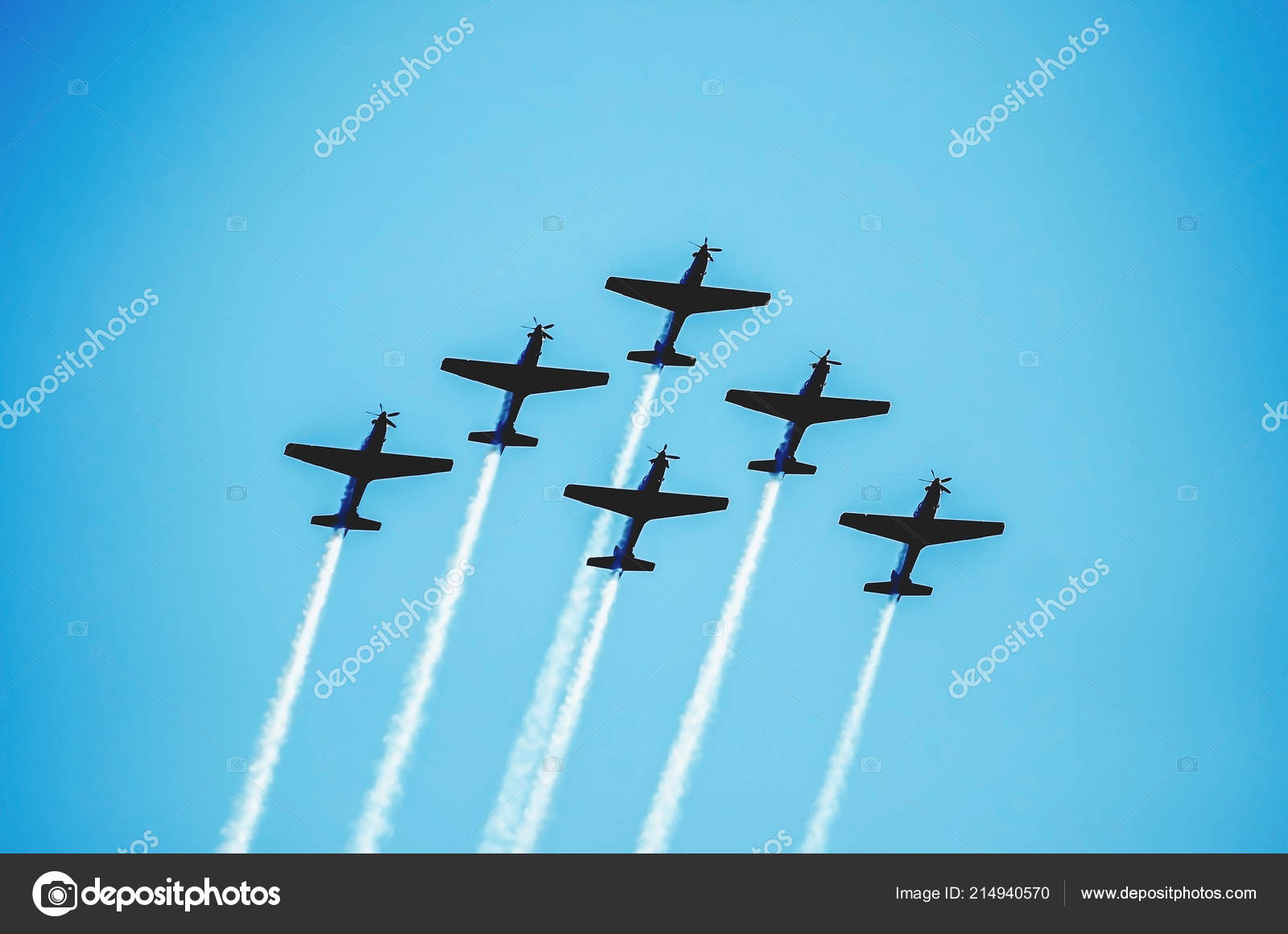 squad six airplanes flying