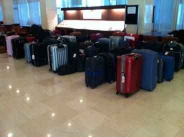 Das Gepäck kurz vorm Auschecken im Hotel in Tokyo.