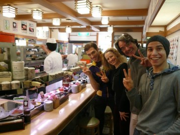Federico, Nadja, Tomas & Vlado beim Sushi essen.