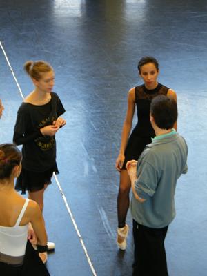 Jean-François Boisnon im Gespräch mit Nicoletta, Haley & Anissa.