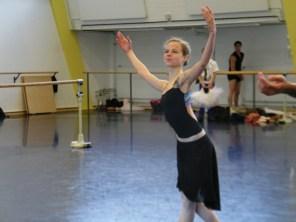Lisa Breuker feiert ihr Debüt als Prinzessin Aurora.