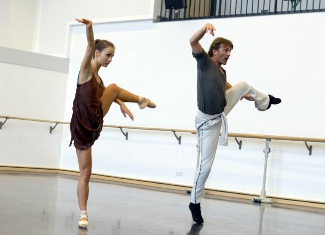 Raimondo Rebeck probt mit Krasina Pavlova (c) Bettina Stöß