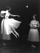 """Giselle"" Antony Tudor(als Myrtha mit Eva Evdokimova als Giselle)"
