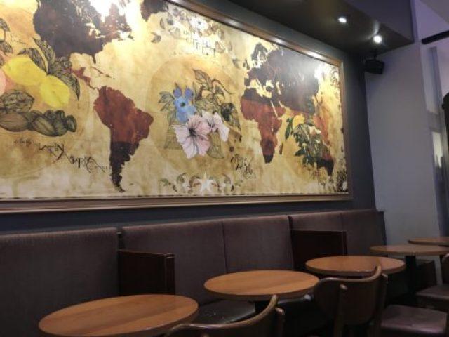 札幌駅 スタバ 札幌ステラプレイスセンター 店内の座席