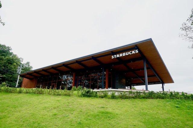 スタバ 奈良鴻ノ池運動公園