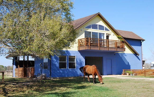 Blue apartment barn in Texas