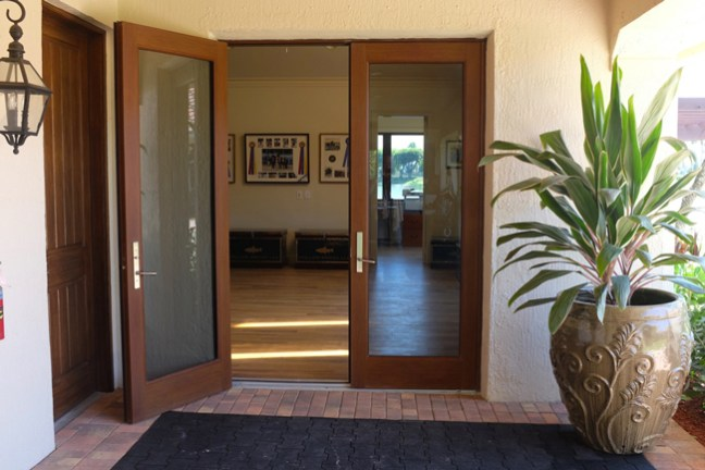 entry to main tack room and lounge