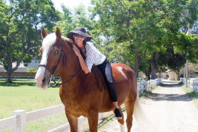 Isabelle aka The Modern Equestrian