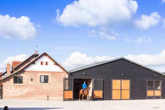 Gornall Equestrian outside of the barn