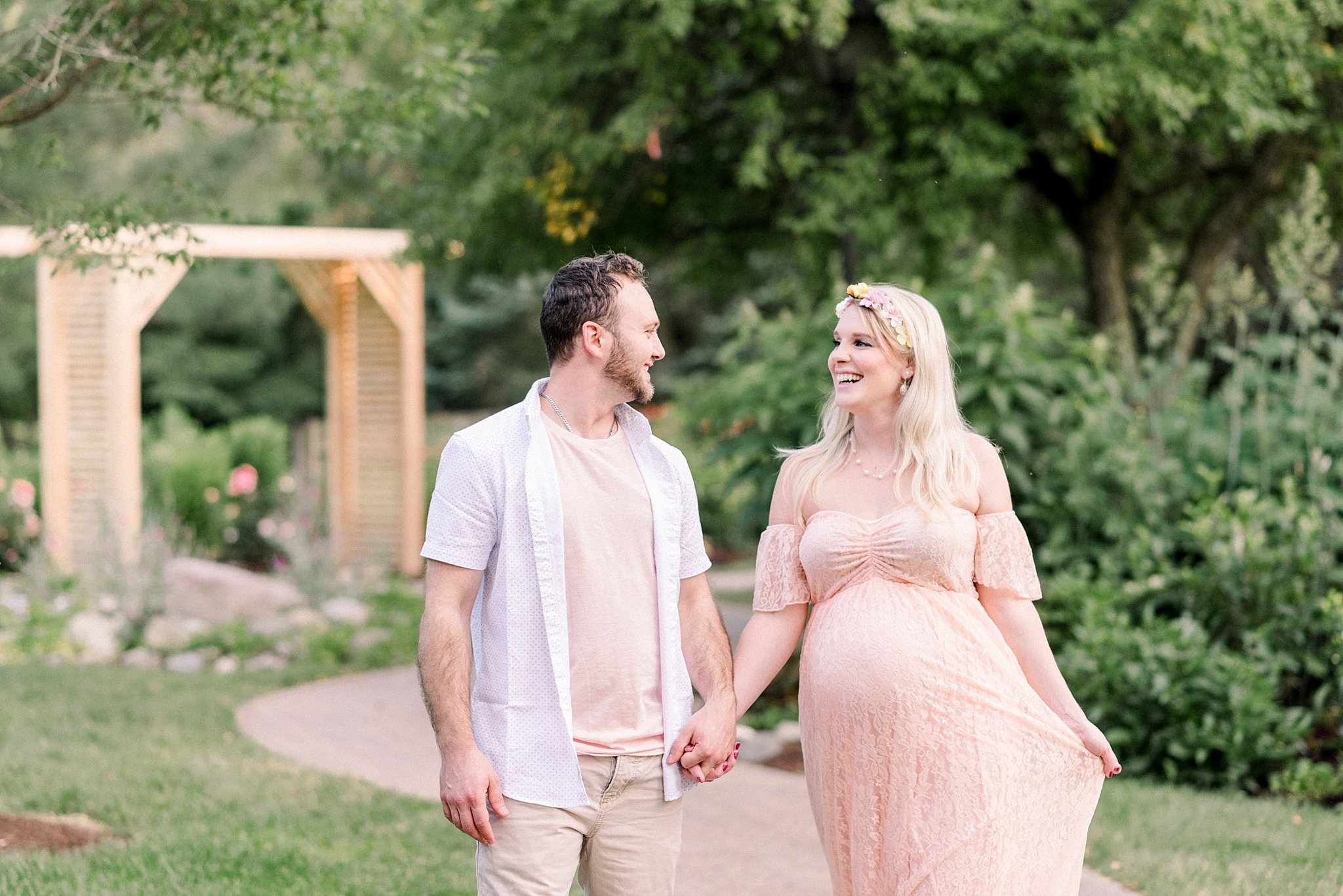Foster Park Maternity Session