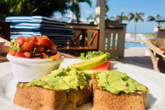 lunch at ambergris cay