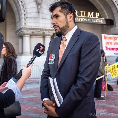 2016-10-trump-hotel-protest-13