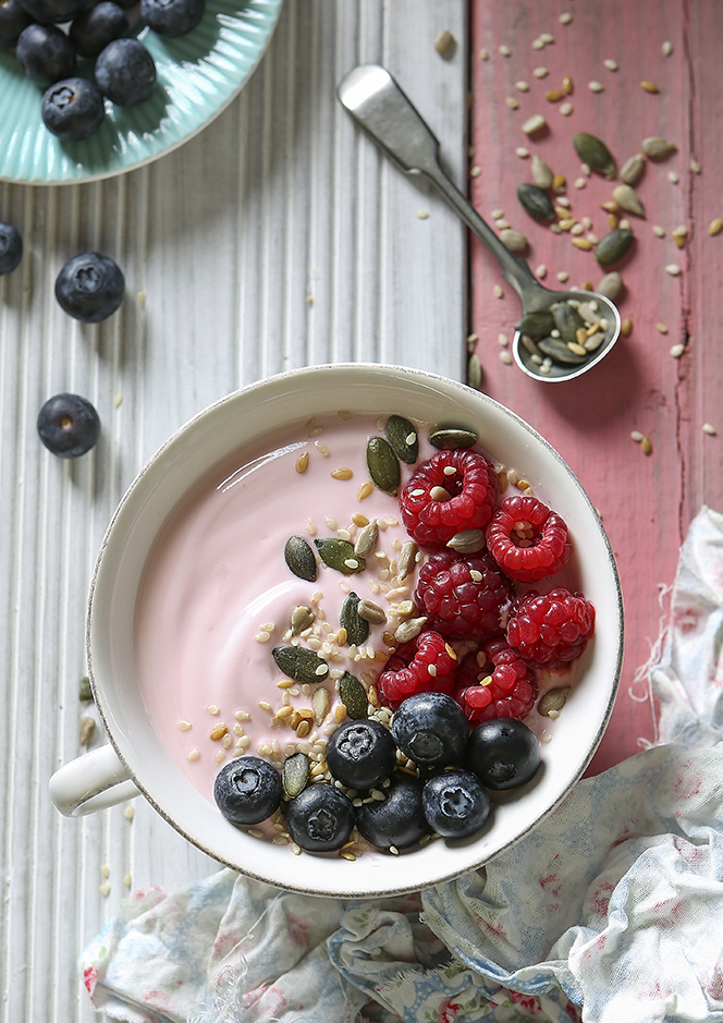 Raspberry yogurt smoothy bowl | Stacy Grant | Food Photography