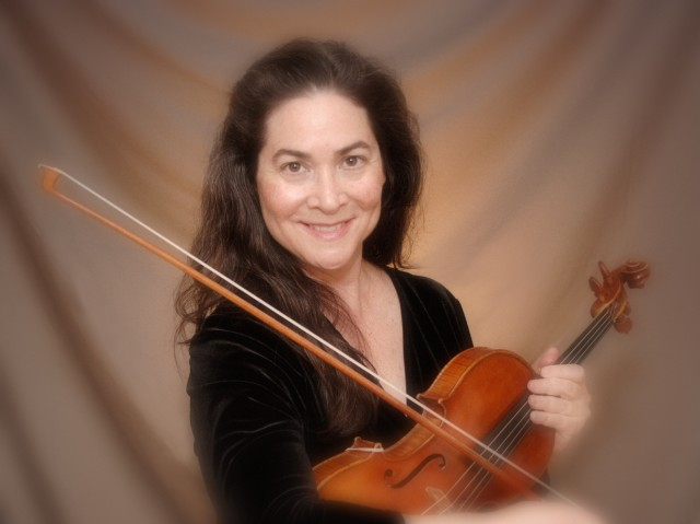 image of Stacy Lesartre with violin