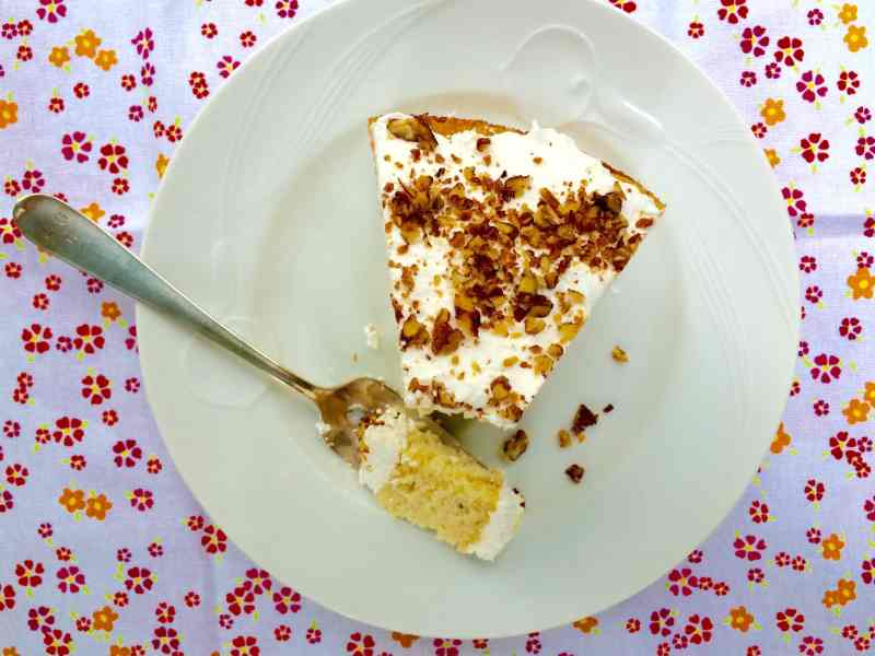 Just one slice? No, I'll be back for more. I can never stop at just one piece of Hummingbird Cake!