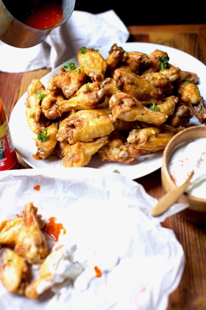 Spicy chicken wings with blue cheese dressing
