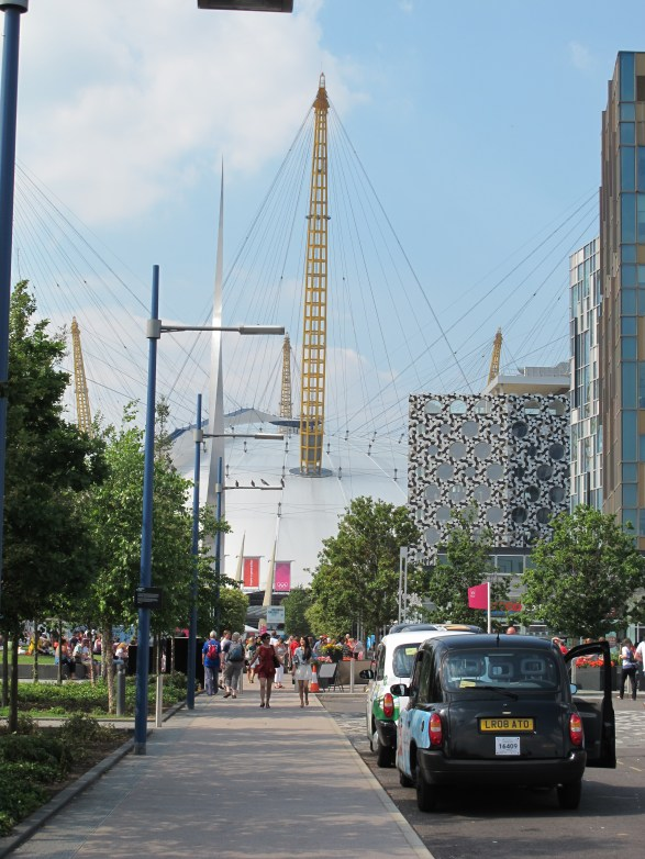 Approaching the O2 on foot was a bit chaotic (Photo: Stadiafile)