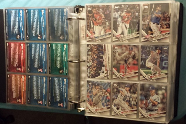 The (2017 Topps) National League binder