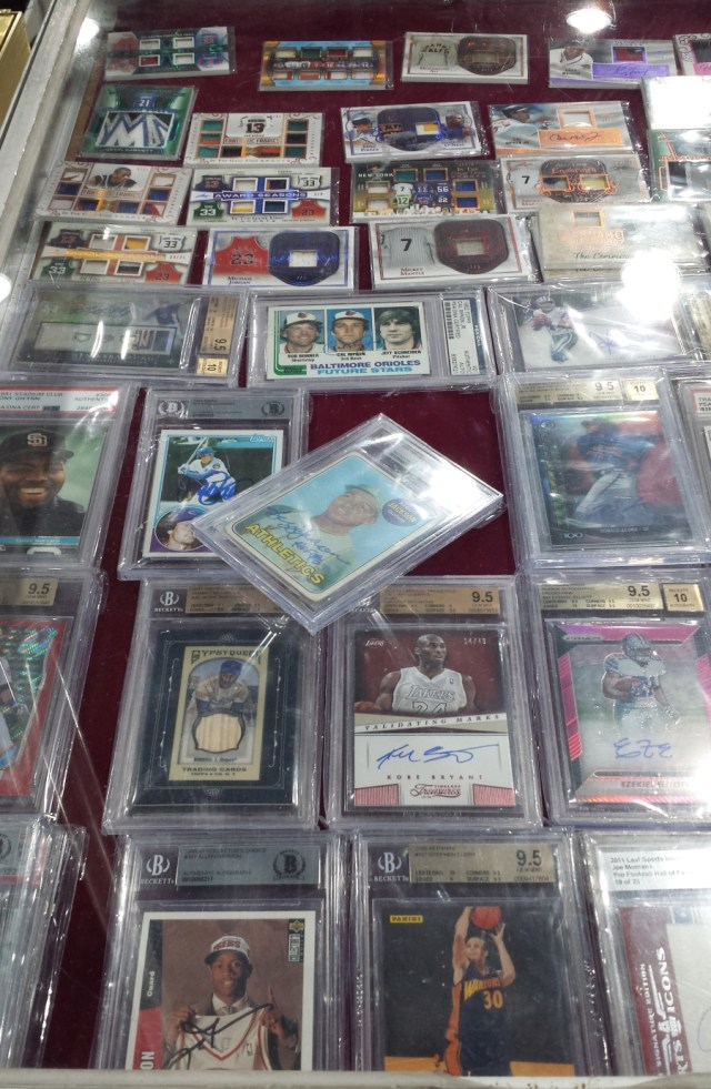 Card showcase at the 2019 West Coast Collectors Expo