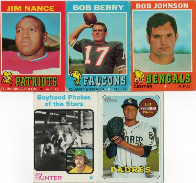 1971 Topps football cards #'s 170, 195, 208, 1973 Topps baseball #344, 2018 Topps Heritage SP #499
