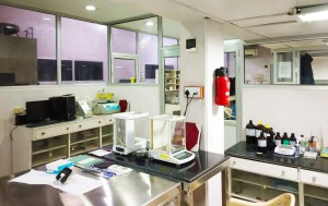 Stadmed's Q. C. Department houses experts that ensure the quality of our products.