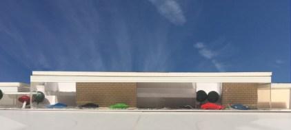 これまでにない新しい自動車ショールーム:街の中でクルマを愉しむイメージ模型
