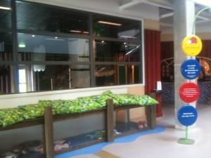 På Ikea Helsingborg hittar du lekland och barnpassning.