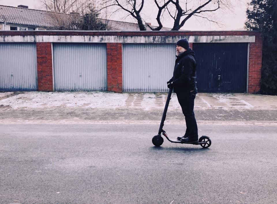 E Scooter Und Hoverboards Wohl Früher Als Gedacht Legal Auf