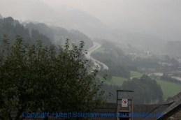 Burg-Hohenwerfen-Blick auf die A10 Tauernautobahn