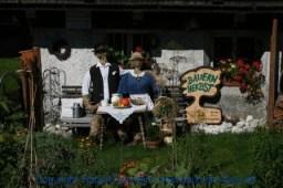 Grossarl 498 - Bauernherbst - Deko in einem Vorgarten