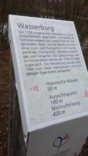 Rund um die Wasserburg in Seligenstadt