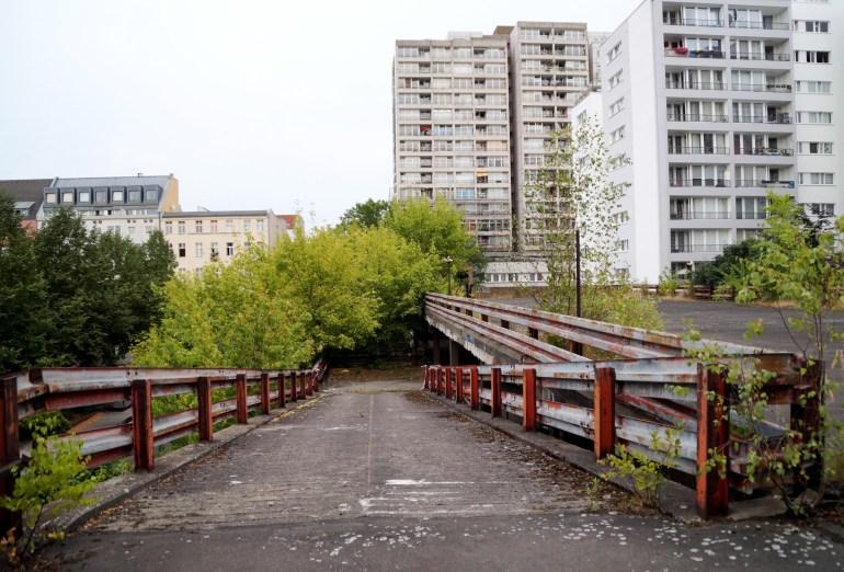 mehringplatz15