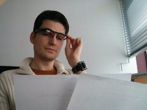 Mitarbeiter Caspers nutzt Glass, um Abrechnungen auf einen Blick zu prüfen und im Dateisystem abzulegen.
