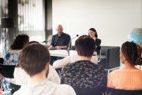 Thomas Balou Martin und Milena Karas (v.l.) lasen einige Geschichten - mit Respekt und Einfühlsamkeit. Foto: (c) Herr & Frau Martin