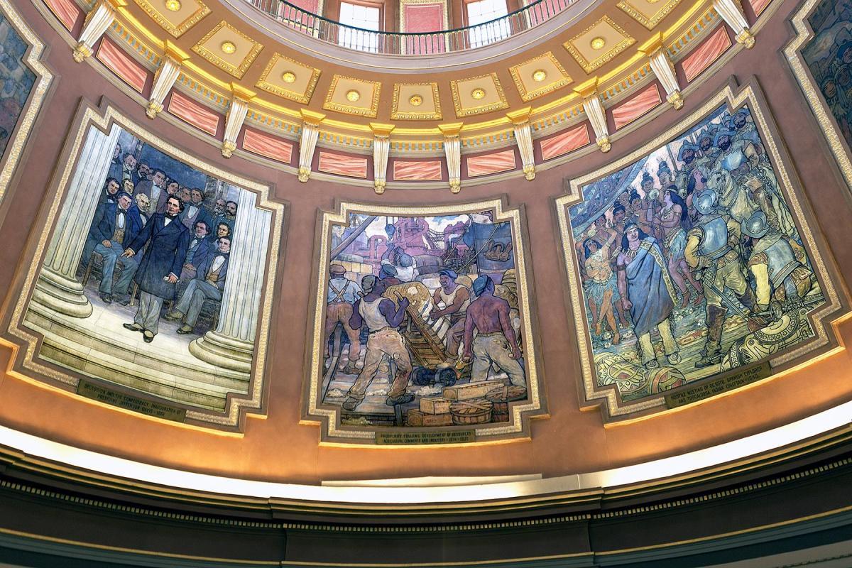 Drei Wandbilder