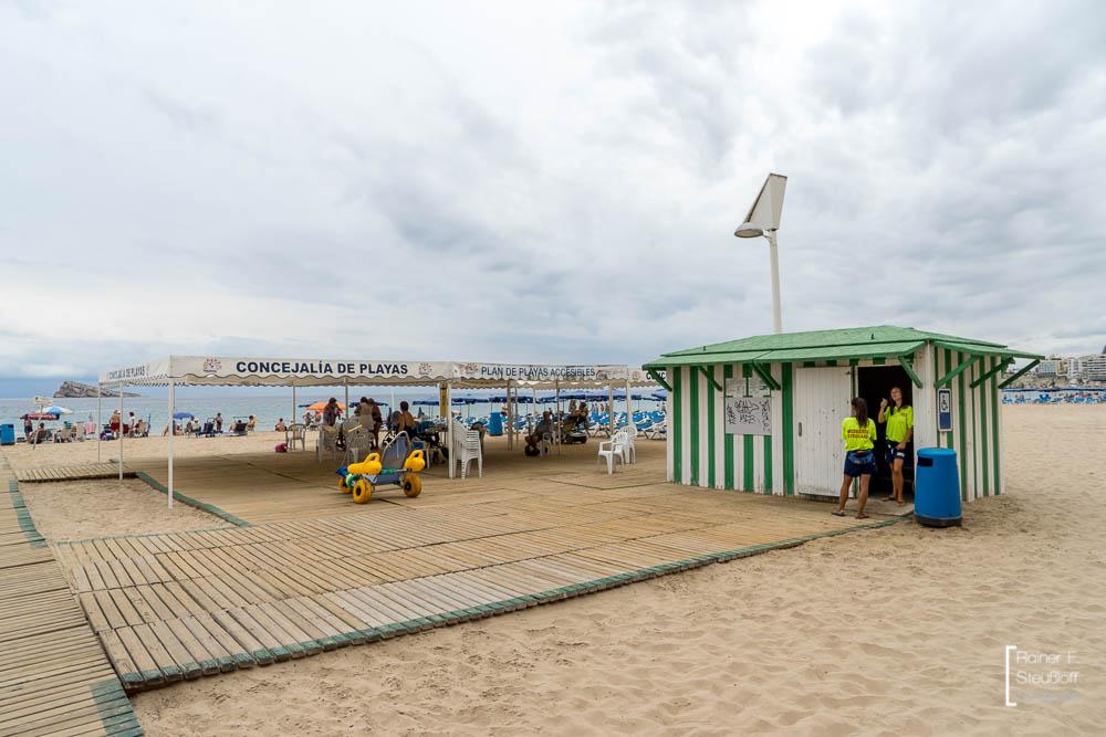 Benidorm, Levante Playa, Betreuung von Behinderten