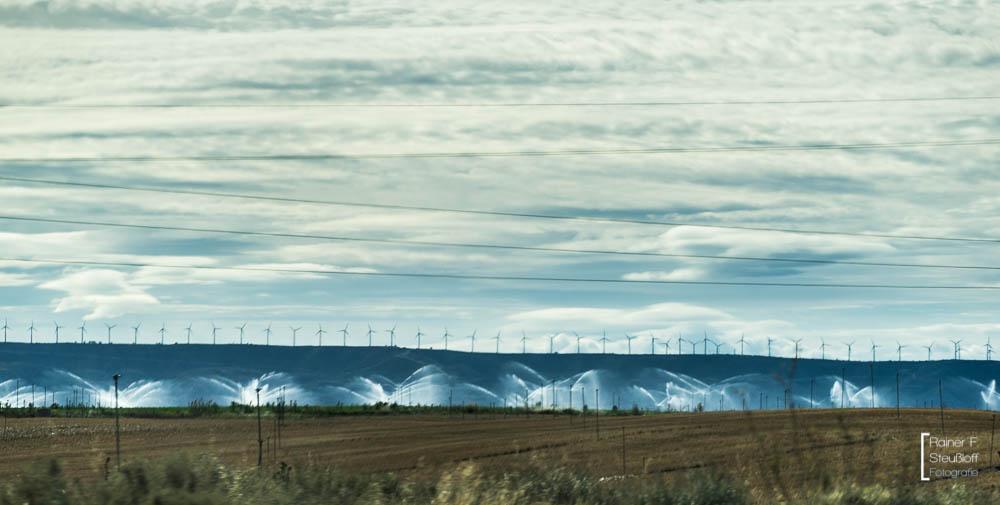 Aragon, Windkraft und Bewässerungsanagen