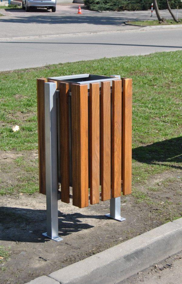 Abfallbehälter aus Holzelementen KO-33